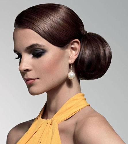 Mit dem asymmetrischen VIP-Look im Chic der 50er Jahre sind Sie garantiert der Star auf jeder Gala-Veranstaltung.