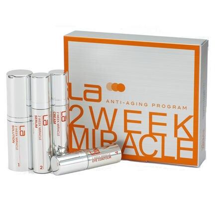 """Anti-Aging-Pflege-Boost- Programm, das der Haut in genau zwei Wochen den absoluten Glow verleihen soll: """"LA 2 Week Miracle"""", übe"""