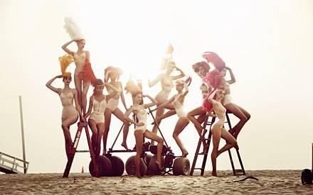 "Fotoshooting für Kristian Schullers Buch ""90 Days - One Dream"": die ""Germany's Next Topmodel""-Kandidatinnen Neele, Laura, Paulin"