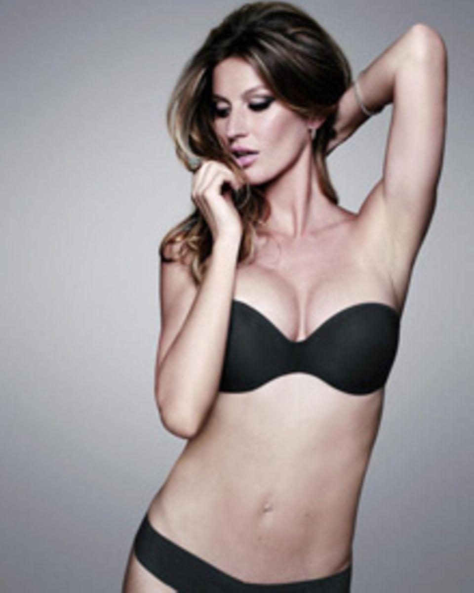 Sexy mama: GIsele Bundchen präsentiert sich schon wieder in schicken schwarzen Dessous.
