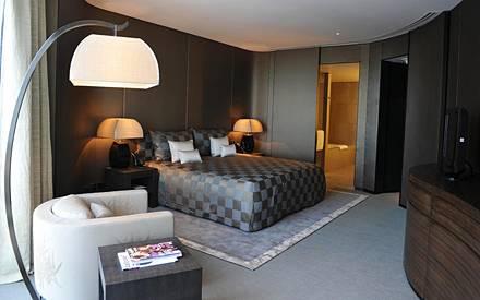 Alle Zimmer (ab ca. 800 Euro) wurden von Giorgio Armani persönlich designt.