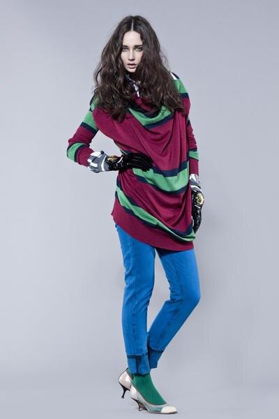Wenn es nach Miss Westwood geht, sind Kobaltblaue Jeans bald in.