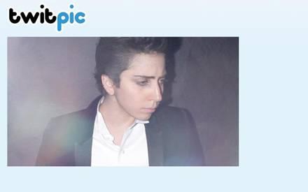 """Fast ungeschminkt und mit kurzen braunen Haaren ließ Lady GaGa sich für die japanische """"Vogue"""" fotografieren."""
