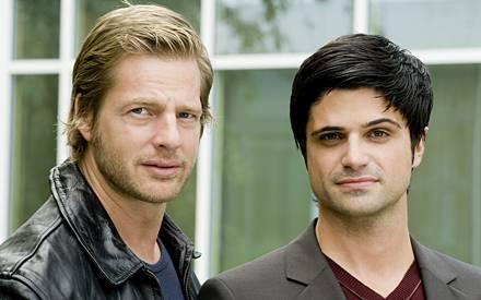 Ein ungleiches Paar: Mick Brisgau (Henning Baum, l.) und Kollege Andreas Kringge, gespielt von Maximilian Grill