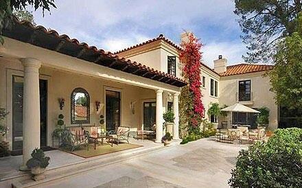 Die schöne Villa kostete das Schauspieler-Pärchen über 14 Millionen Euro.