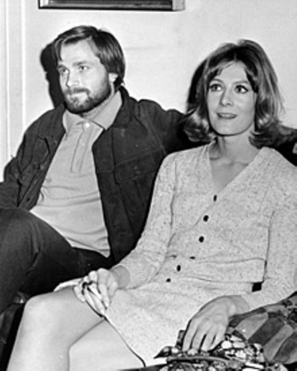 """""""Eigentlich sind wir verheiratet, seit wir uns kennen,"""" sagt Franco Nero über seine Frau Vanessa Redgrave"""