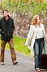 Declan (Matthew Goode) und Anna (Amy Adams) sind sich auf ihrer gemeinsam Reise alles andere als einig.