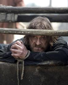 Durchschaut und eingesperrt: Ritter Ulric (Sean Bean). Die Glaubensabtrünnigen wehren sich.