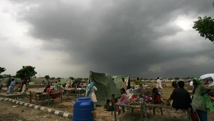 Die Lage in Pakistan ist schwierig: Millionen Menschen sind von der Flut um ihr Hab und Gut gebracht