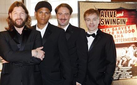 """Das deutsche """"Rat Pack"""": Rea Garvey, Xavier Naidoo, Sasha und Michael Mittermeier freuen sich auf die Tour."""