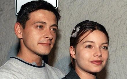 """""""Supertalent""""-Kandidat Darko Kordic und Cosma Shiva Hagen als glückliches Paar bei einer Theaterpremiere 1999."""