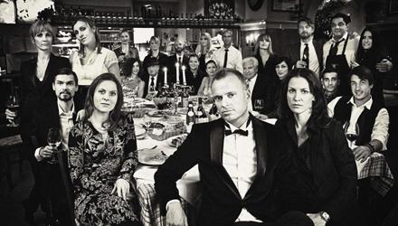 La Famiglia: Drykorn-Chef Marco Götz (vorn) und sein Team. Links neben ihm Produktmanagerin Angela Kunst, sie setzt die Trends u