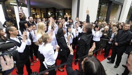 """Bei der Eröffnung der neuen """"H&M""""-Filiale herrschte großer Andrag."""