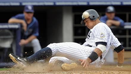 Perfekter Body: Wenn Alex Rodriguez für die New York Yankees auf dem Baseseballfeld steht (bzw. rutscht), jubeln nicht nur die