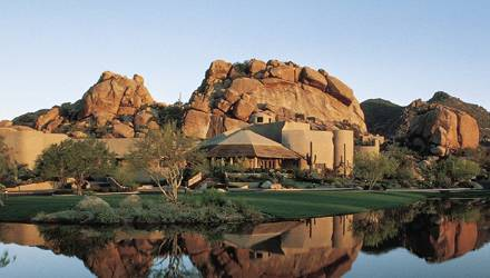"""Das """"Golden Door Spa"""" im """"Boulders Resort"""", Scottsdale, Arizona hat mehr zu bieten als 5-Sterne-Treatments. Schamanin Razel Wolf"""