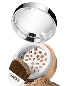 """""""Superbalanced Powder Makeup SPF 15"""", in acht Nuancen. Von Clinique, ca. 35 Euro."""