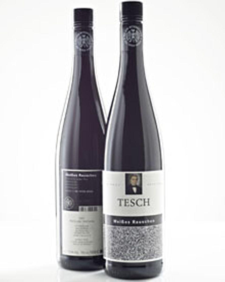 Über die Webseite der Band ist der Wein zum Preis von 66 Euro für einen Sechserpack zu bekommen.