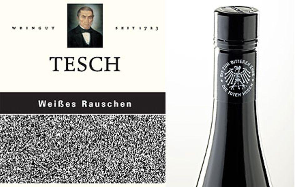 """Die Riesling-Flasche """"Weißes Rauschen"""" im Detail."""
