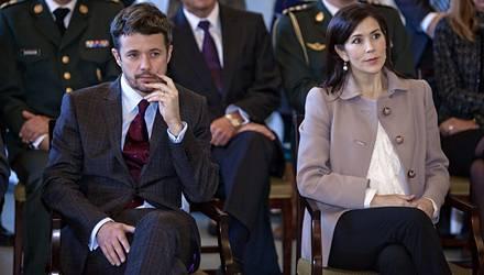 Das dänische Kronprinzenpaar eröffnet ein Reha-Zentrum in Kopenhagen.