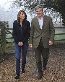 Prinz Williams künftige Schwiegereltern Carole und Michael Francis Middleton durften bereits einige Mitglieder der Königsfamilie