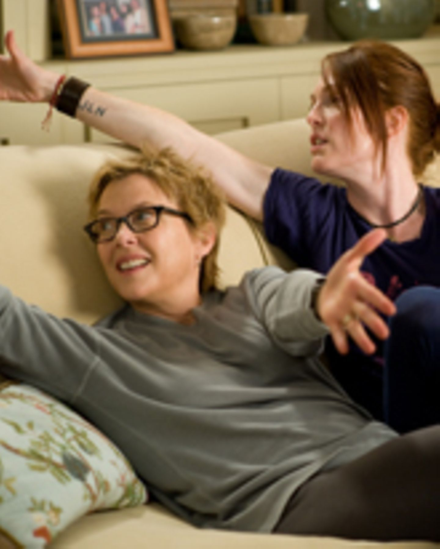 """Annette Bening, Julianne Moore in """"The Kids are all right"""""""