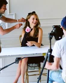 """Natalie Portman während des Fotoshootings zur """"Miss Dior""""- Kampagne."""