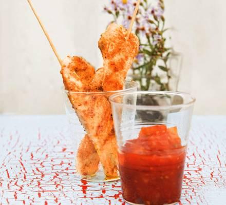 Hähnchenstreifen mit Tomaten-Ananas-Ketchup