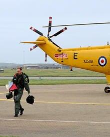 Voller Einsatz: Nach seiner Militärausbildung hat sich Prinz William verpflichtet, in der Royal Air Force als Hubschrauberrettun
