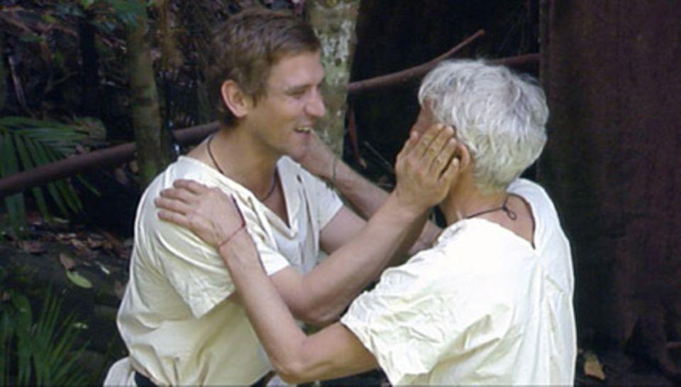 Nach sieben Tagen im Dschungel wurden sich Mathieu Carrière und Peer Kusmagk immer vertrauter.