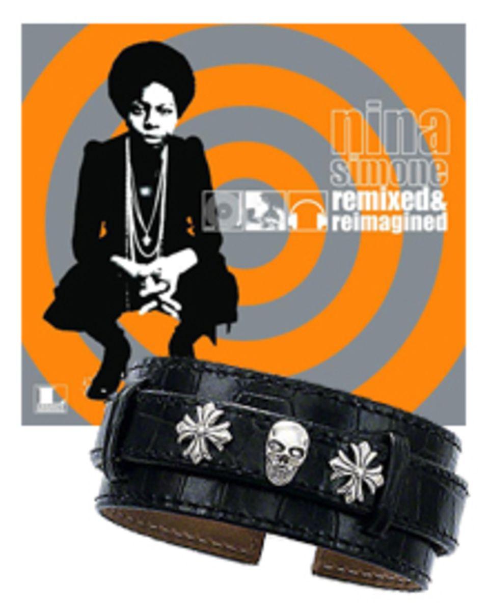 Talis liebt den verruchten Jazz von Nina Simone. Als Grunge-Fan natürlich auch Lederarmbänder mit Totenköpfe (von Thomas Sabo).