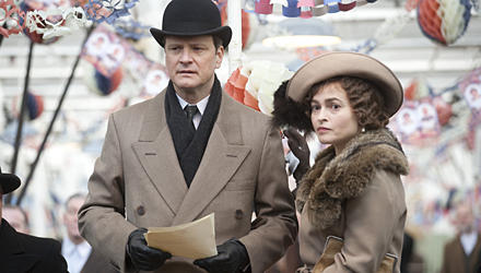 "Colin Firth als König George VI. in ""The King's Speech"", mit Filmgattin Helena Bonham Carter (ab 17. Februar im Kino). George VI"