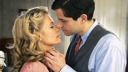 Der 2. Weltkrieg bringt Ursula um ihre große Liebe, den Sänger Wolfgang Heye (Pasquale Aleardi). Sie kämpft sich und ihre Kinder