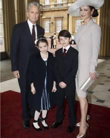 Schicke Familie: Catherine-Zeta Jones und ihr Mann Michael Douglas mit den Kindern Dylan und Carys.