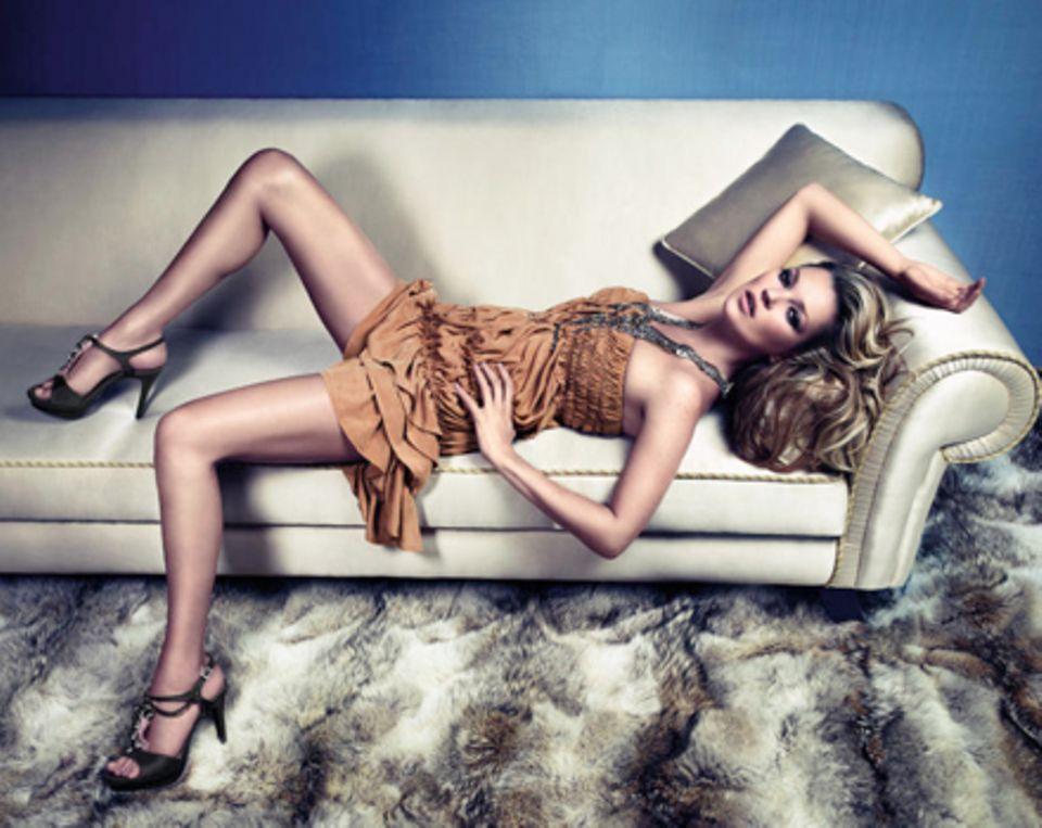 Wie für die Kamera geboren: Kate Moss beim Fotoshooting für die aktuelle Frühjahr/Sommer- Kampagne der italienischen Marke