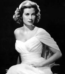 Ihre kühle Erotik, das klassisch schöne Gesicht und die Art, sich zeitlos elegant zu kleiden, hatten Grace Kelly schon in Hollyw