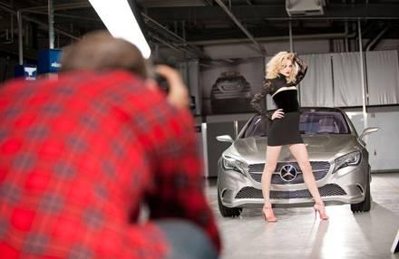 Mercedes-Benz fashion Week: Im typischen Karo-Hemd fotografiert Richardson Jessica Stam