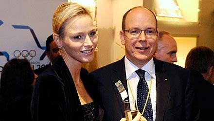 Fürstin Charlene und Fürst Albert genießen die Eröffnungsfeier der 123. IOC-Sitzung in Durban.