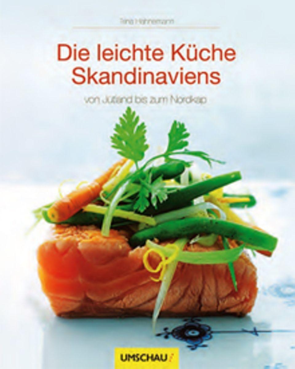 """""""Ausgewogenes zum Nachkochen"""" bietet Trina Hahnemann an. Die dänische Foodjournalistin gewährt mit über 90 Rezepten einen großzü"""