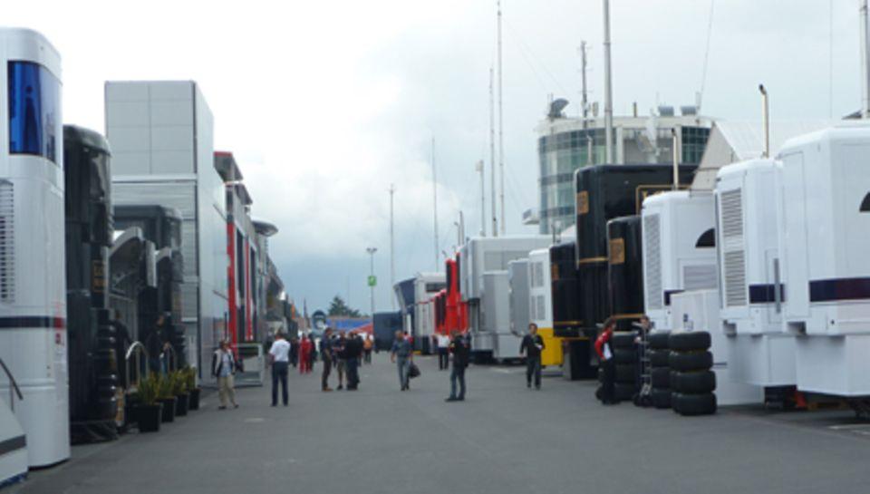 Blick auf das Fahrerlager am Nürburgring.