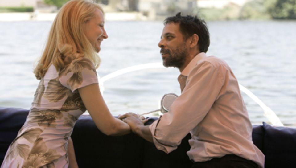 Zwischen Juliette und ihrem neuen Bekannten Tareq teilen nicht nur ihre Begeisterung für die Metropole, sondern auch füreinander