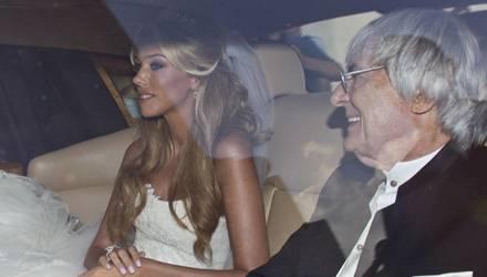 Petra Ecclestone auf dem Weg zu ihrer Hochzeit. Vater Bernie Ecclestone weicht seiner Tochter nicht von der Seite.