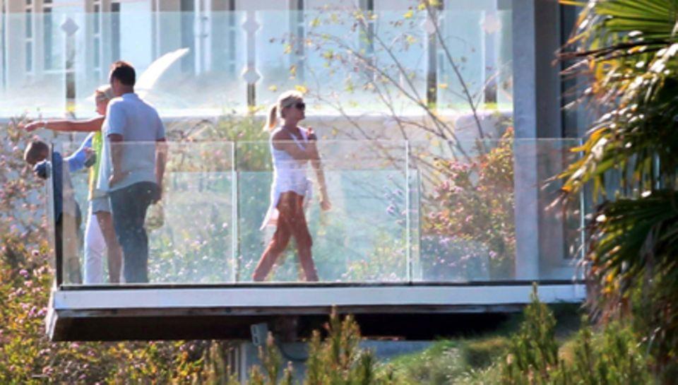 Reese Witherspoon hat ein Auge auf Brad Pitts Strandhaus in Malibu geworfen.