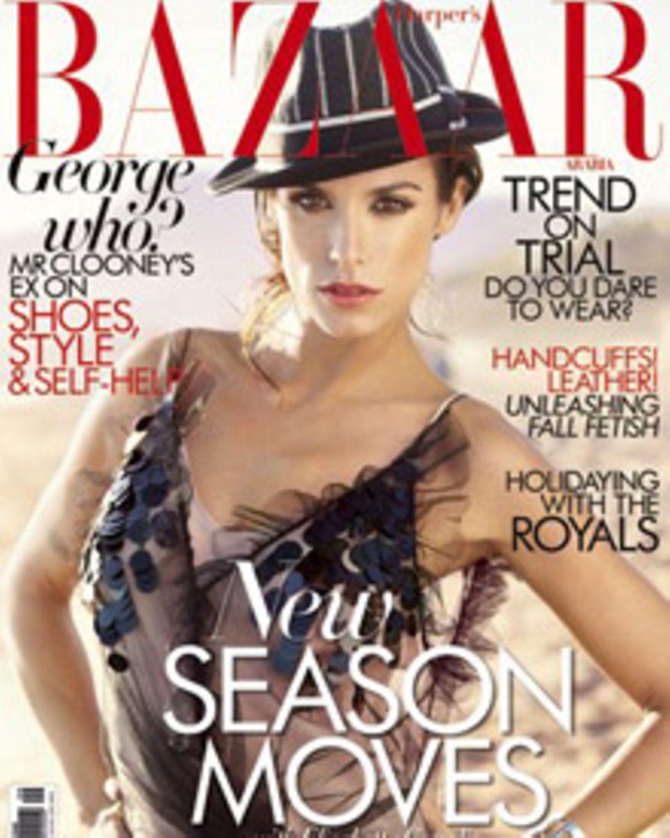 """Elisabetta Canalis ziert das Cover der Septemberausgabe von """"Harper's Bazaar""""."""