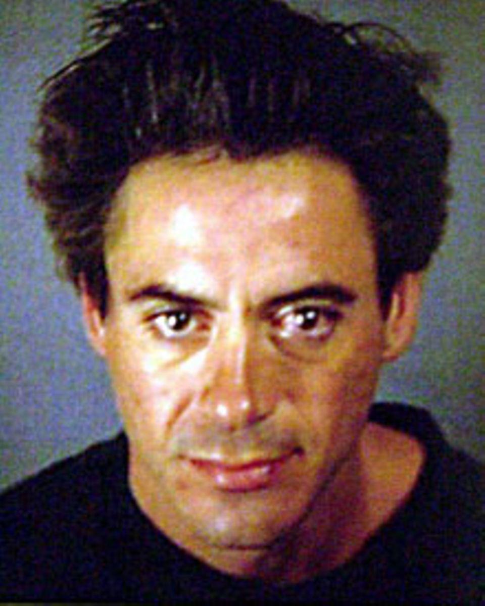 """Das Polizeifoto von 2000: Nach seiner Verhaftung war Robert Downey Jr. """"am Tiefpunkt"""", wie er selbst sagte. Mit Drogen drohte er"""