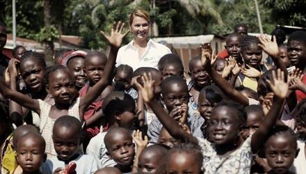 "Franziska van Almsick besuchte als UNICEF und ""Pampers""-Botschafterin die Zentralafrikanische Republik."