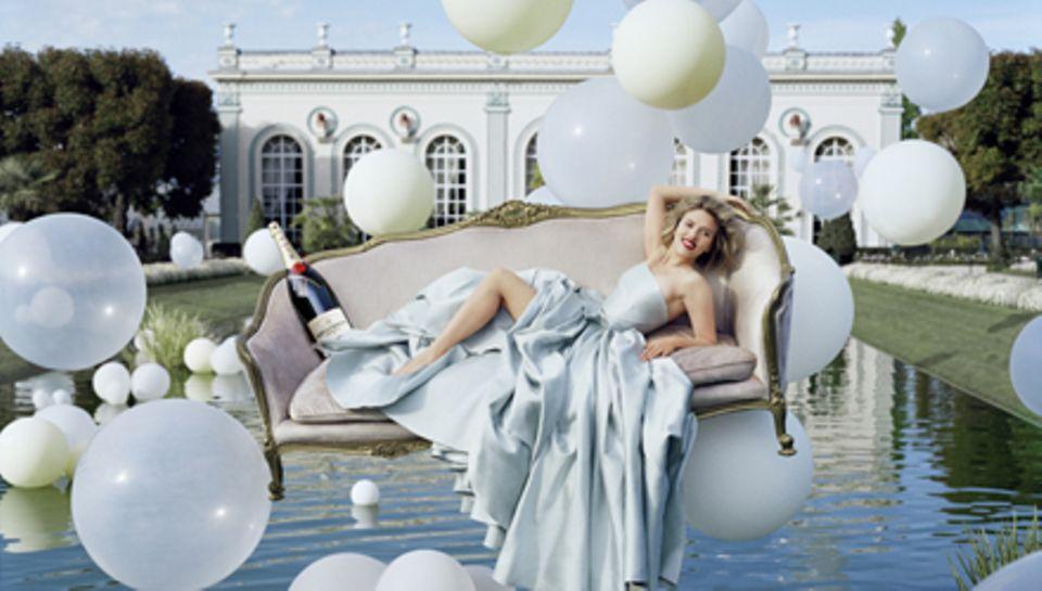 Prickelnd: Seit 2009 ist Scarlett Johansson die Muse von Moët & Chandon.