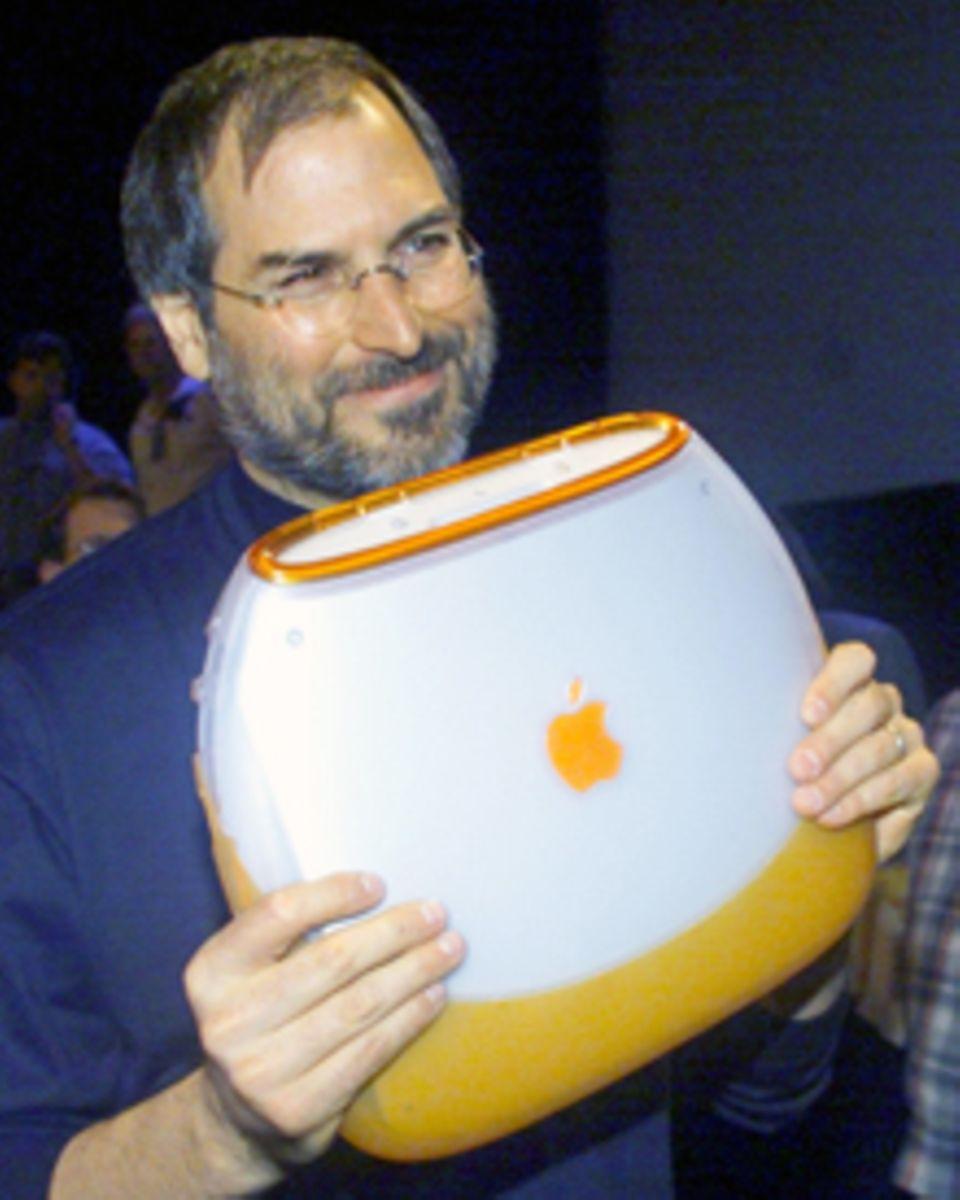 Egal ob iMac oder iPad  Steve Jobs' Erfindungen prägten Generationen. Auch das iBook, das der Apple-Gründer 1999 präsentierte, w
