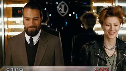 Diese Szene aus dem aktuellen TV-Spot von Trivago hat Christian Göran schlagartig berühmt gemacht - für das Hotelbuchungsportal