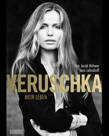 """Viel mehr als nur schön: """"Veruschka. Mein Leben"""" erscheint bei Dumont, hat 400 Seiten und kostet 24 Euro"""