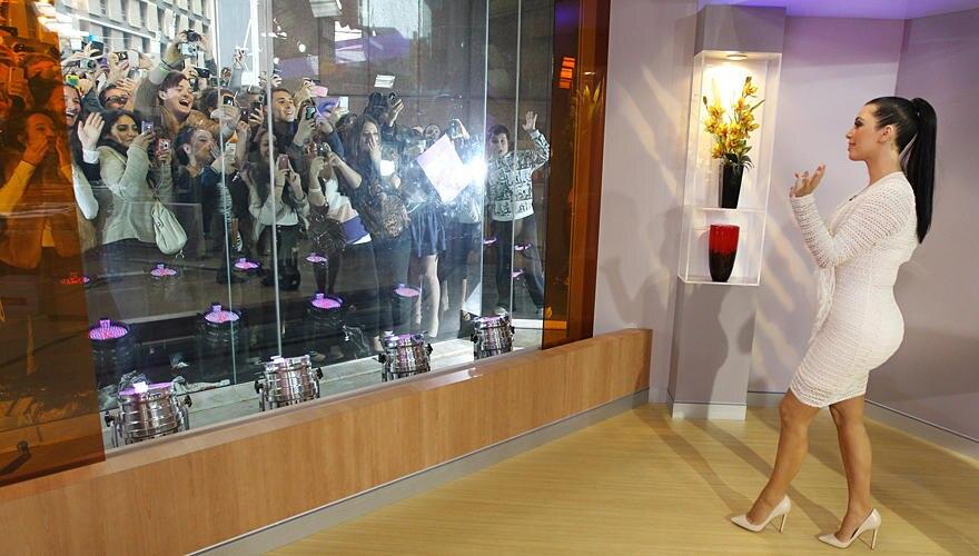 Mittendrin im Trubel - so liebt es Kim Kardashian, wie hier Anfang November in Australien. Geschäftstüchtig ist sie auch. Für di